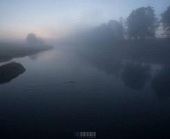 Туманная река